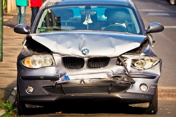 Unfall Schaden Gutachten